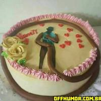 O bolo com o tema do Negão da Piroca