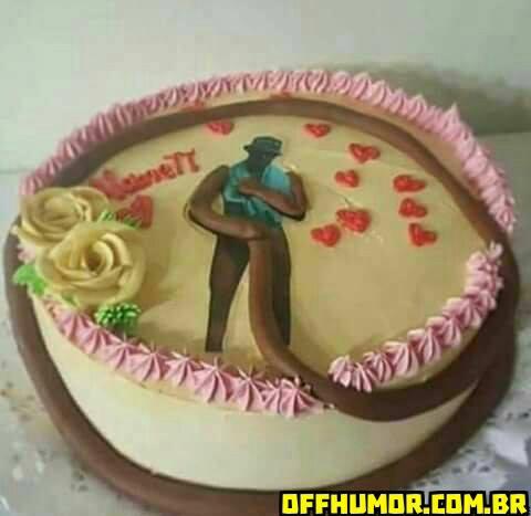 bolo com o tema do negão da piroca.jpg