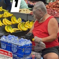 10 pessoas que saíram para o mercado prontas pro apocalipse